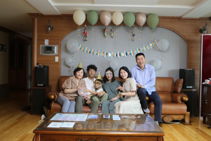 [기획예산과](장려상)우리가족이한명더생겨요.png